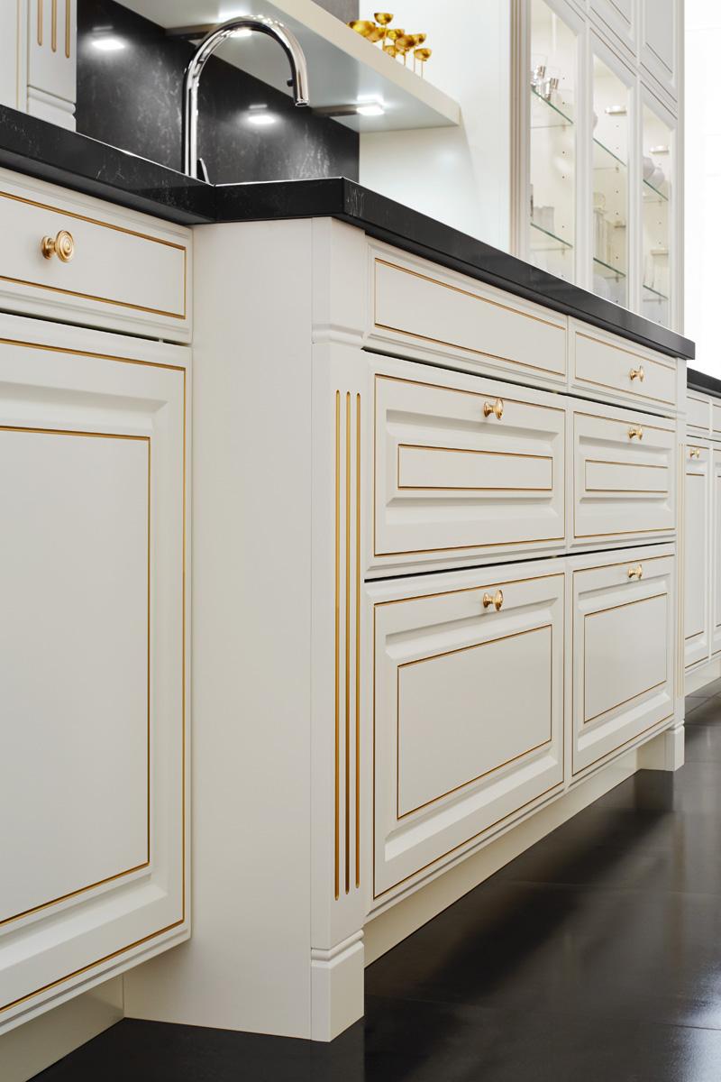Ballerina Küchen Landhausstil Deluxe Gold XL 7050 Pilaster Detail