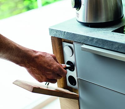 moderne Küchentechnik Steckdose